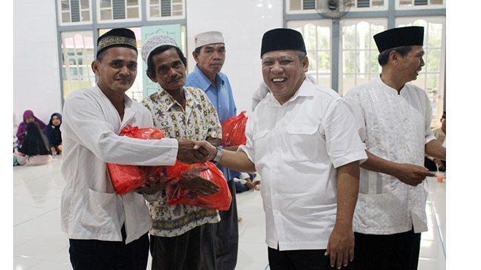 Safari Ramadan Pemkab KKR ke Rasau Jaya, Masyarakat Apresiasi Kehadiran Tiga Pejabat