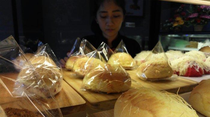 Selera Konsumen Keutamaan Cotton Bread M Sohor, Berbagai Aneka Roti Bisa Didapat - cake_20180129_161452.jpg