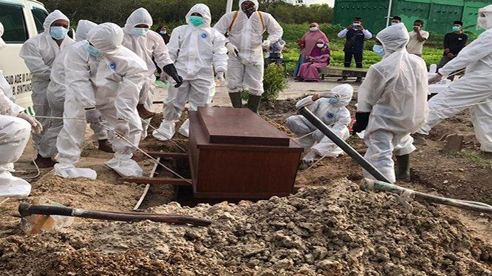Sehari 3 Pasien Covid Meninggal di Sintang, Satgas Kesulitan Mencari Relawan Penggali Makam