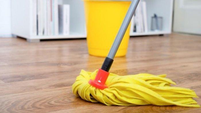 Cara Bersihkan Noda Membandel di Lantai Keramik, Dijamin Langsung Bersih dan Kinclong