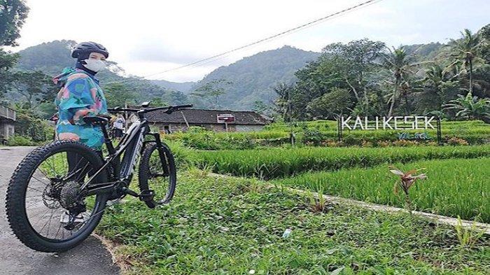Sebal Suami Larang Bersepeda, Istri Bupati Kendal Chacha Frederica Bangun Track Sepeda Sendiri