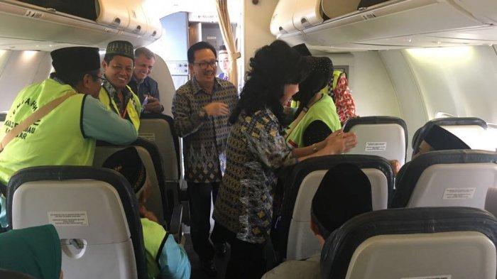 Lepas Keberangkatan Jemaah Haji, Christiandy: Semoga SelamatSampai Tujuan