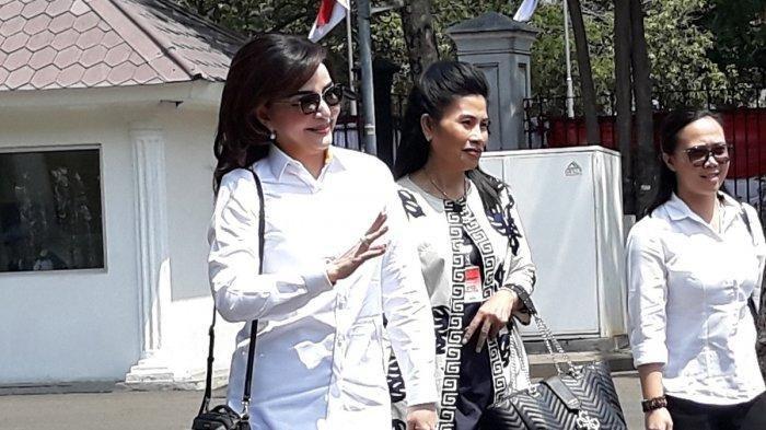 Tetty Paruntu Bupati Minahasa Selatan Tinggalkan Istana Negara tanpa Bertemu Presiden Joko Widodo