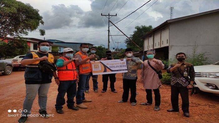CMI Kembali Bantu Perbaiki Infrastruktur Jalan Sejumlah Desa di Sandai