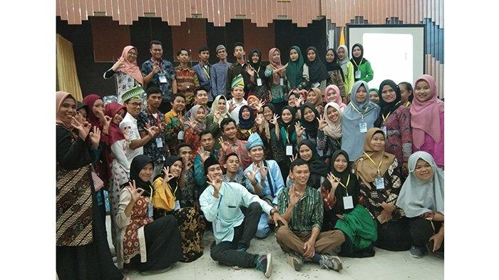 Mahasiswa Antusias Ikuti Diskusi Publik Bersama Co Founder OK OCE Indonesia