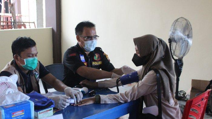 Polres Sanggau Melaksanakan Vaksinasi Covid-19 Tahap II