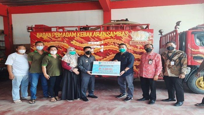 CSR Bank Kalbar Sasar Pemadam Kebakaran Sambas