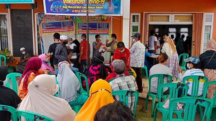 Polsek Sungai Pinyuh Bersama Stakholder Berikan Doorprize Pada Warga yang Lakukan Vaksinasi