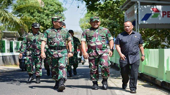 Mayjen TNI Benny Indra Pujihastono: Pengabdian Motivasi Pertama Para Sarjana Masuk TNI - dan-kodiklat-tni-mayjen-tni-benny-indra-pujihastono-uhdfv.jpg