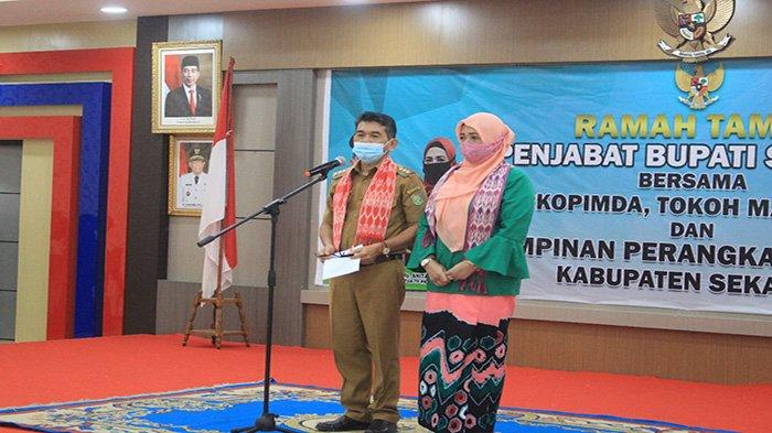 Jabat Pj Bupati Sekadau, Ini Sejumlah Tugas Yang Dilaksanakan Drs Ani Sofian