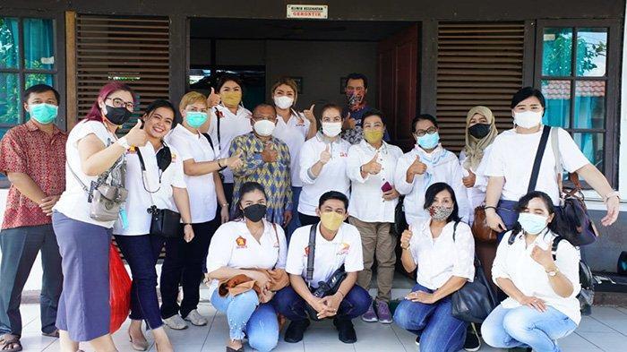 Anggota DPR RI Fraksi Gerindra Bersama Sayap Partai Gerindra Kalbar Menggelar Baksos
