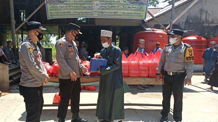 Kunjungi Pontren Darul Qolam Sungai Nipah, Kapolres Mempawah Mendapat Doa Dari Hafidz Quran 30 Juz