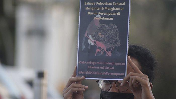 Aliansi Buruh dan Serikat Pekerja di Kalbar Sampaikan 10 Resolusi pada Peringatan Hari Buruh