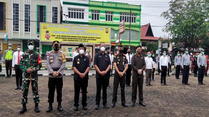 Bupati Sanggau Pimpin Apel Gelar Pasukan Operasi Ketupat Kapuas 2021