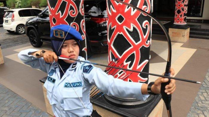 SMART WOMAN - Dea Zulinda Terinspirasi Keliling Indonesia Lewat Hobi Memanahnya