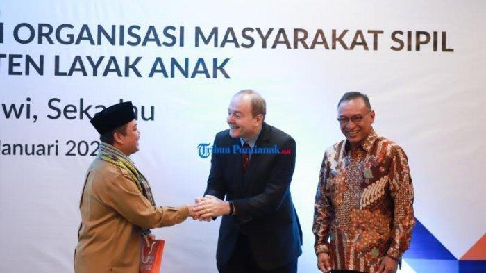 Hans Farnhammer Sebut Uni Eropa Melalui WVI Terus Dukung Kabupaten Layak Anak di Kalbar