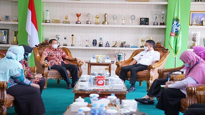 Direktur Dayatif Sebut Tiga Kelurahan di Pontianak Akan Jadil Pilot Project Bersinar