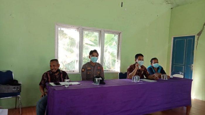 Sambangi Warga di Desa Binaan, Ini Imbauan Yang Disampaikan Bhabinkamtibmas Polsek Subah