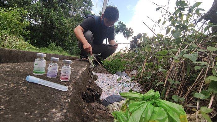 Ratusan Botol Limbah Medis dan Jarum Suntik Dibuang Sembarangan di Jalan Karya Sosial Pontianak
