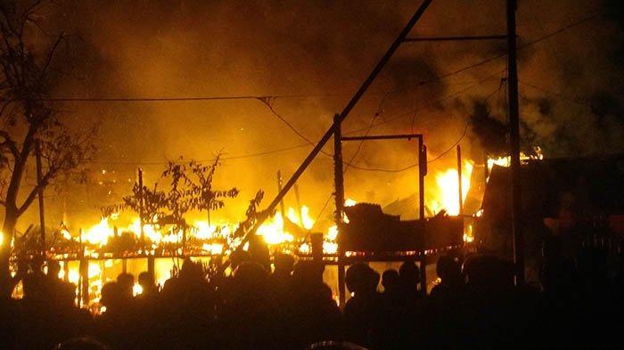 Polisi Ungkap Dugaan Penyebab Kebakaran di Putussibau Selatan Hanguskan 2 Rumah Warga dan 1 Kios