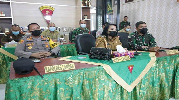 Rapat PPKM Mikro Bersama Forkopimda Kalbar, Bupati Landak Berikan Ide Update COVID-19