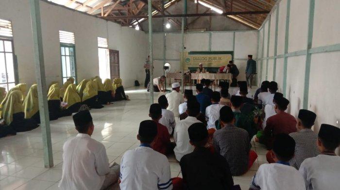 IPNU Kubu Raya Gelar Dialog Publik Radikalisme di Pesantren Hidayatul Mubtadiien