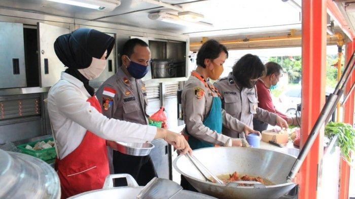 Dirikan Dapur Lapangan, TNI-Polri dan Forkopimda Bersinergi Masak Makanan
