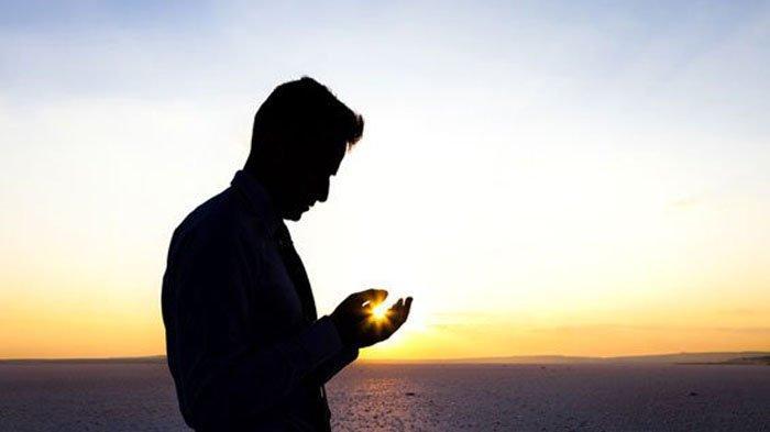 Jam Berapa Doa Akhir Tahun - Bacaan Doa Akhir Tahun Sekali Setelah Melafalkan Doa Akhir Tahun