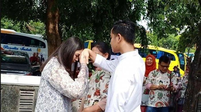 DOA Menantu Jokowi Selvi Ananda Buat Gibran Rakabuming di Pilkada Solo 2020, Ini Doa Ibu Jan Ethes