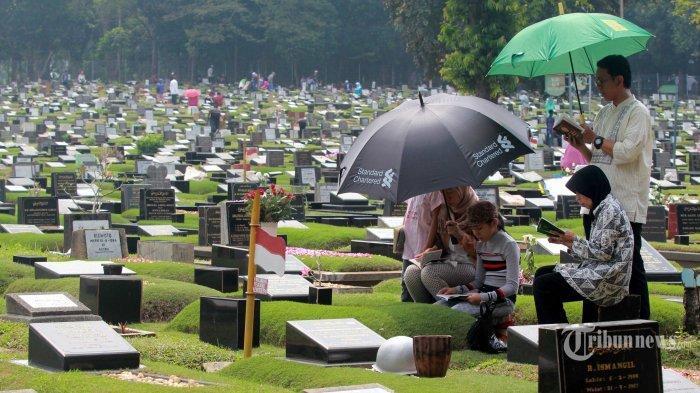 Sejarah dan Bacaan Doa Ziarah Kubur Singkat Lengkap Tata Cara Ziarah Kubur Jelang Idul Fitri 2021