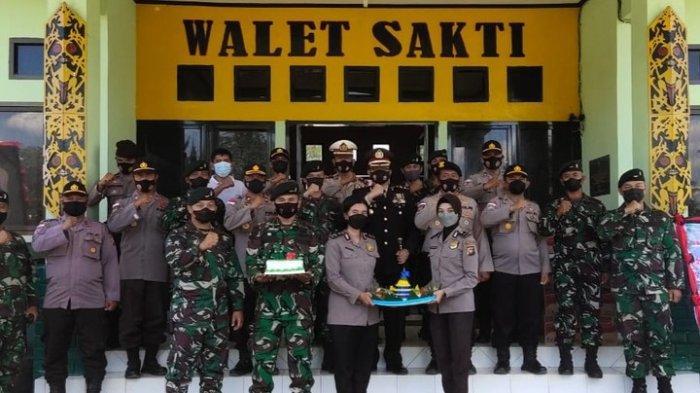 Kapolres Beri Kejutan Kodim 1206 Putussibau & Batalyon Infanteri Raider Khusus 644/Walet Sakti