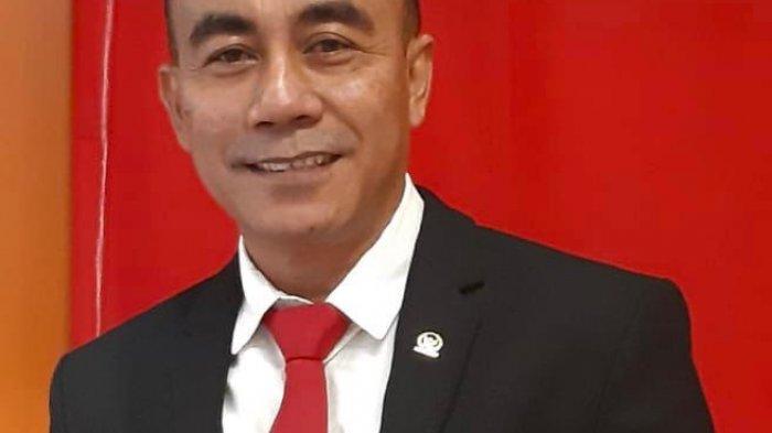 Anggota MPR / DPR RI Fraksi PDI Perjuangan, Krisantus Kurniawan, SIP, MSi