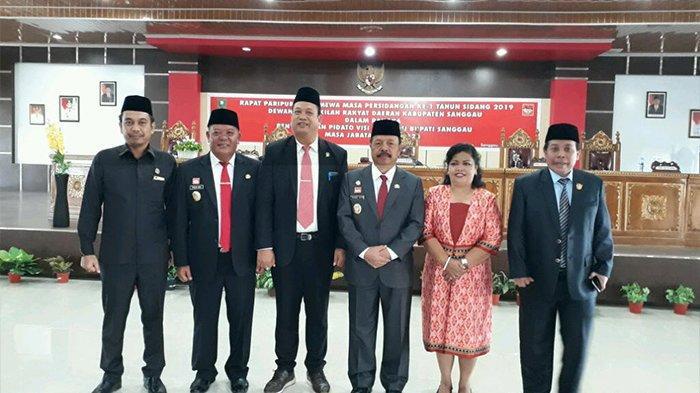 Delapan Prioritas Daerah Kabupaten Sanggau Tahun 2014-2019 - dprd-sanggau-menggelar-rapat-paripurna-istimewa-masa-persidangan-ke-1.jpg