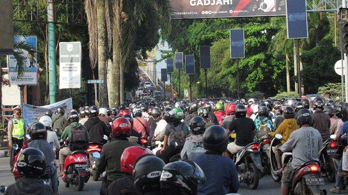 Warga Pontianak Keluhkan Kemacetan yang Kerap Terjadi di Perempatan Jalan Tanjung Pura Setiap Sore