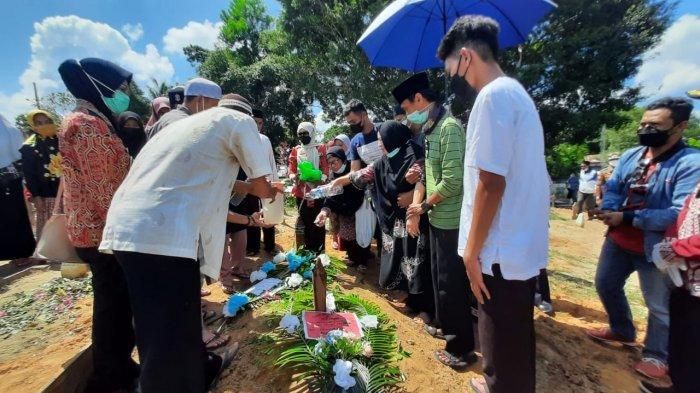 SOSOK Herry Syamsuddin Awali Karir Jadi Guru Olahraga, Hingga Jabat Ketua DPRD Kabupaten Sintang