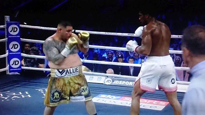 Hasil Anthony Joshua vs Andy Ruiz, Menang Angka Mutlak Bikin Joshua Rebut Empat Gelar Tinju Dunia