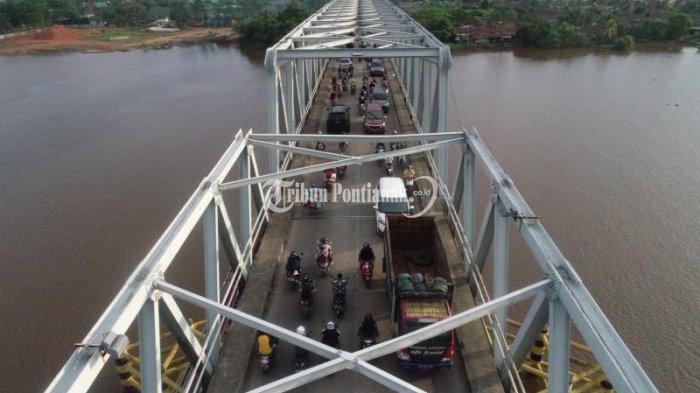 Kalbar 24 Jam - Besi Penyangga Jembatan Kapuas II Berjatuhan, Sopir Kontainer Nyabu, hingga FLLS