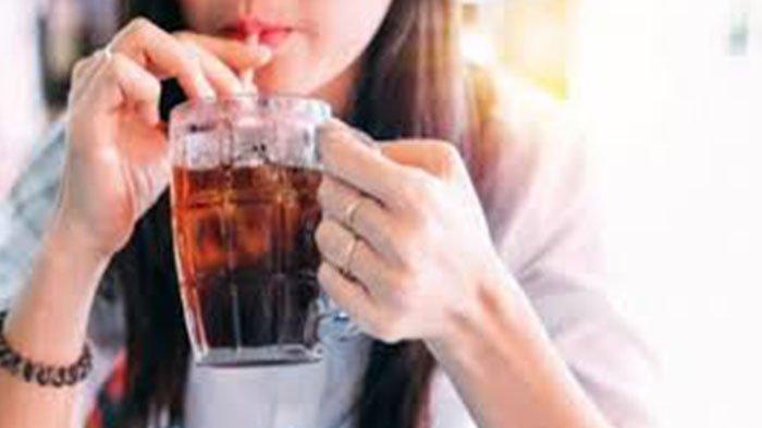 Efek Samping Minuman Bersoda Bagi Kesehatan Tubuh Bisa Sebabkan Gendut dan Mengurangi Sakit Kepala