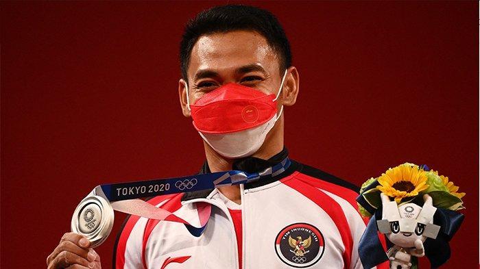 UPDATE Perolehan Medali Olimpiade Tokyo Hari Ini Senin Amerika Geser China Indonesia Sejajar Spanyol