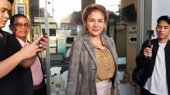 Ekspresi Bahagia Nikita Mirzani Bebas dengan Status Tahanan Kota, Eks Dipo Latief Akan Lakukan Ini