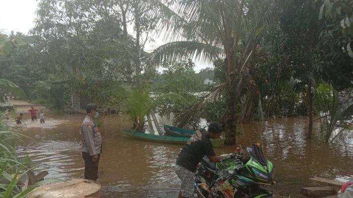 Intensitas Hujan Tinggi, Polsek Ella Hilir Minta Warga Untuk Waspada Banjir