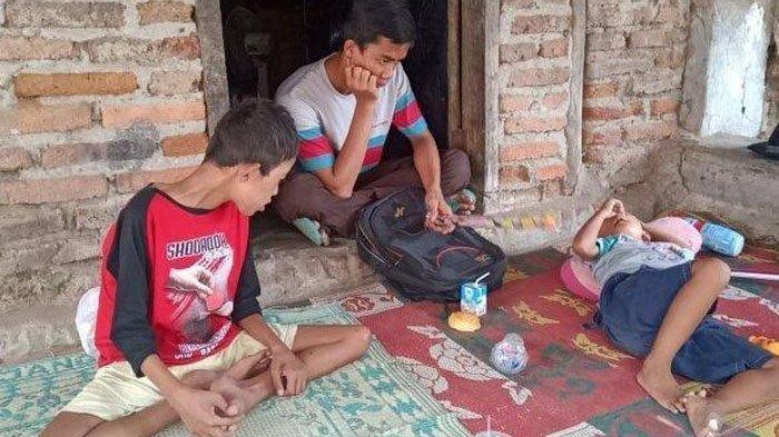 4 Bersaudara Tinggal Digubuk Reyot Derita Gizi Buruk, Korban Asmara Ibu Kandung dan Kekasih Barunya
