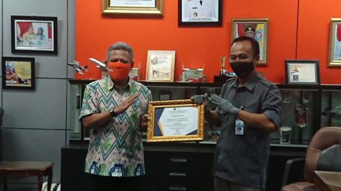 Tercepat Pencairan Dana Desa di Kalbar, Pemkab Kubu Raya Terima Penghargaan dari DJPb