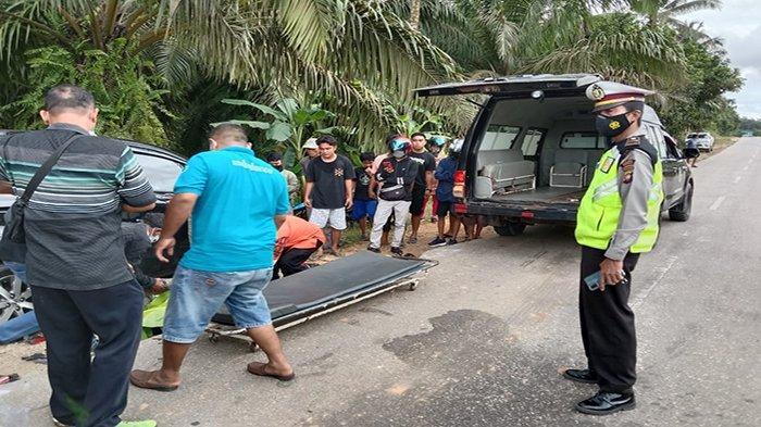 Kecelakaan Maut di Mukok Sanggau Kalbar - Pengendara Sepeda Motor Meninggal Dunia