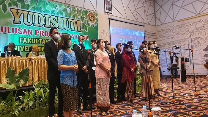113 Mahasiswa UPB Pontianak Raih Gelar Sarjana Pertanian