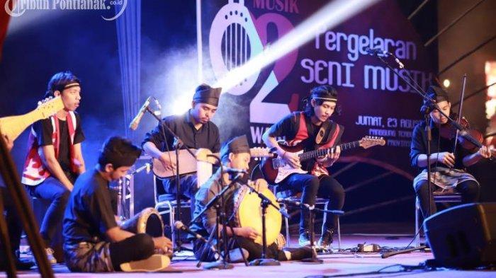FOTO: Penampilan Peserta Festival Musik Dua Warna di Taman Budaya Kalimantan Barat - festival-musik-dua-warna1.jpg
