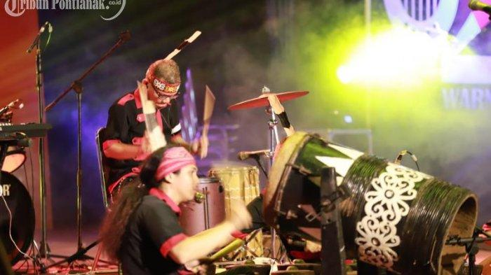 FOTO: Penampilan Peserta Festival Musik Dua Warna di Taman Budaya Kalimantan Barat - festival-musik-dua-warna4.jpg