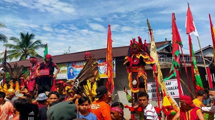 Atraksi 50 TatungMeriahkan Perayaan Cap Go Meh Kubu Raya - festival-tatung-cap-go-meh-kubu-raya-2.jpg
