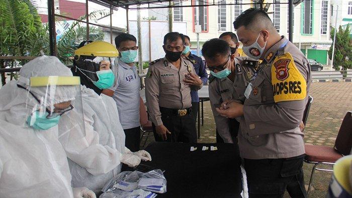 53 Personel Polres Sanggau Lakukan Rapid Test Cegah Penularan Virus Corona