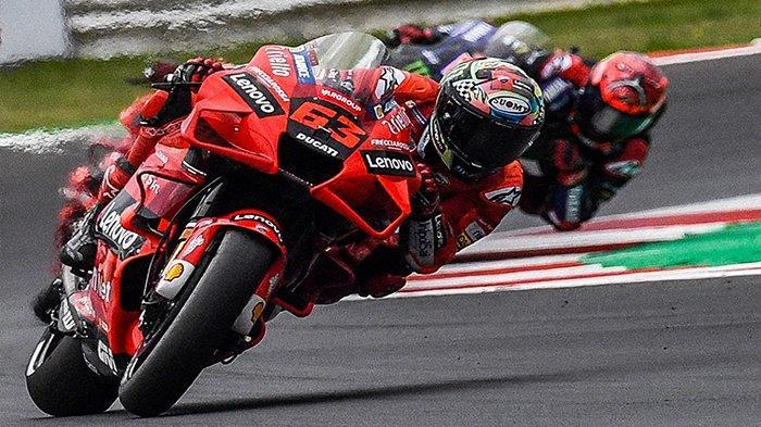 JAM BERAPA MotoGP Amerika Malam Minggu Live Streaming? Duel Pecco Bagnaia Quartararo Marquez & Rossi
